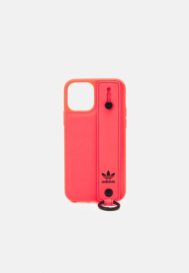Obal na telefon - signal pink