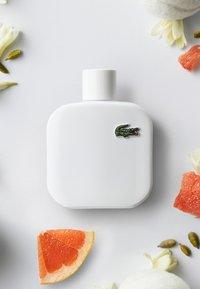 Lacoste Fragrances - EAU DE LACOSTE L.12.12 BLANC EAU DE TOILETTE  - Eau de toilette - - - 3