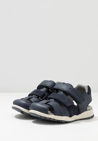 Viking - OSCAR - Walking sandals - navy - 3