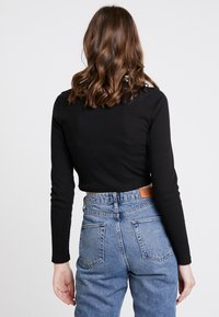 Missguided - HIGH NECK CROP 2 PACK - Long sleeved top - black/red - 3