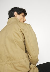 Schott - REDWOOD - Summer jacket - sand - 5