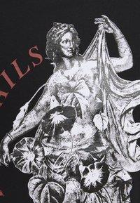 Common Kollectiv - PREVAIL UNISEX - Print T-shirt - black - 2