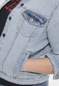 ONLY Carmakoma - Denim jacket - light blue denim - 3