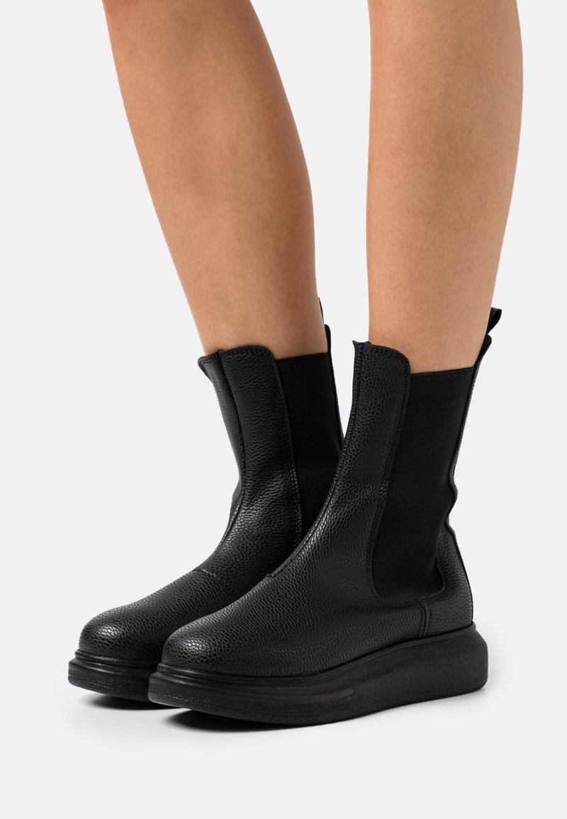 Nly by Nelly - CASUAL CHELSEA BOOT - Platform ankle boots - black