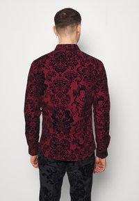 Twisted Tailor - LINFORTH - Formal shirt - burgundy - 2