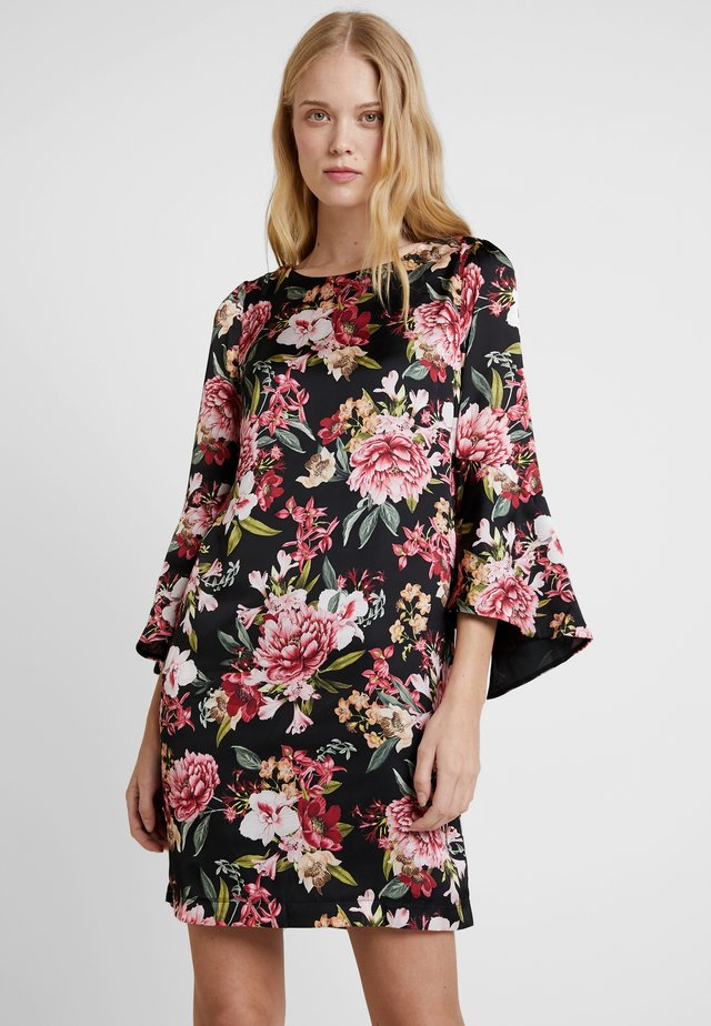PRINTED DRESS - Vardagsklänning - black