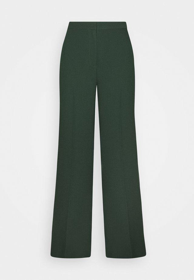 MOORE PANTS - Pantalones - sycamore green