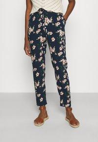 Vero Moda - Pantalon classique - navy blazer/imma - 0