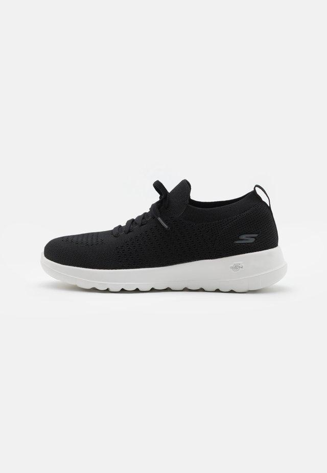 GO WALK JOY - Sportieve wandelschoenen - black/white