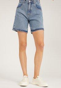 ARMEDANGELS - FREYMAA - Denim shorts - medium washed - 0