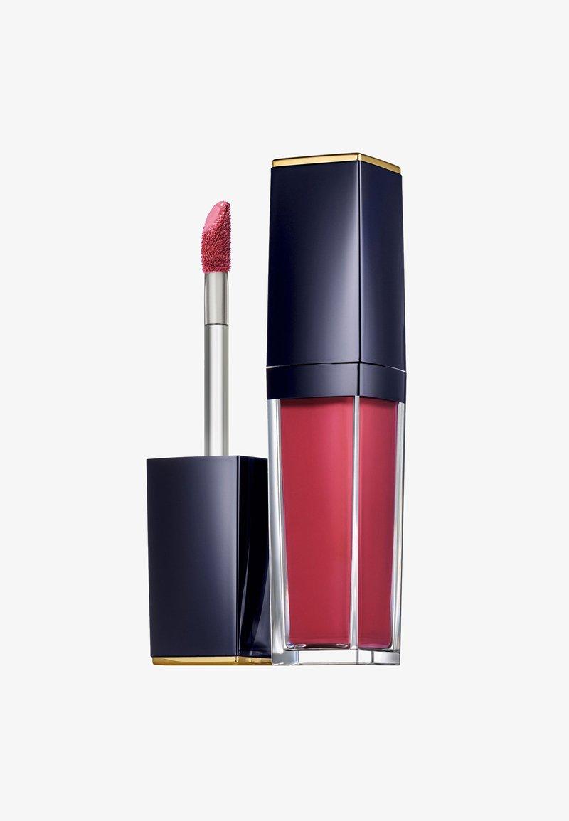 Estée Lauder - PURE COLOR ENVY PAINT-ON LIQUID LIPCOLOR - MATTE - Flüssiger Lippenstift - rebellious rose