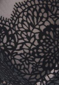 DORINA - ROBIN - Push-up bra - black - 2