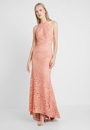 ALEXIS - Společenské šaty - apricot