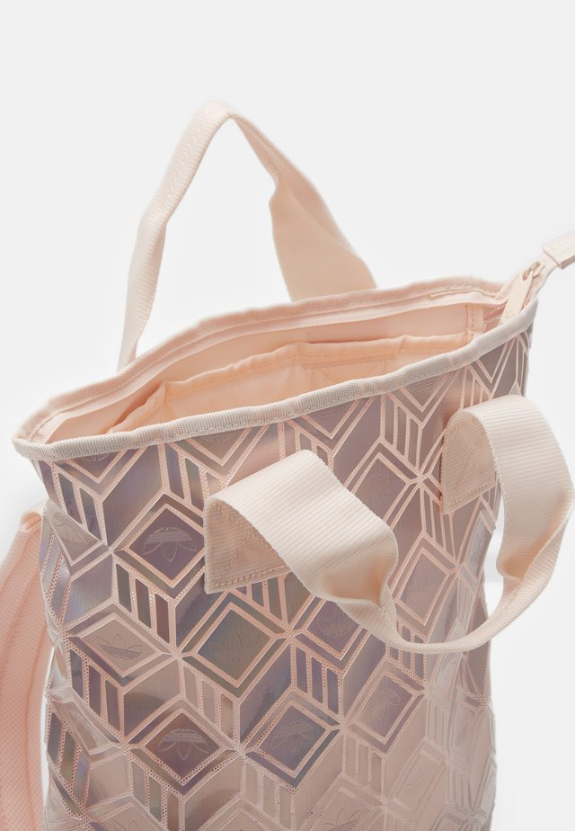 TOP 3D FOR HER SPORTS INSPIRED BACKPACK - Sac à dos - copper