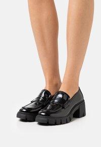 Madden Girl - HUMPHERY - Platform heels - black box - 0