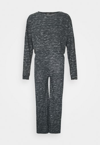 CROPPED BATWING AND WIDE LEG SET - Tracksuit - black