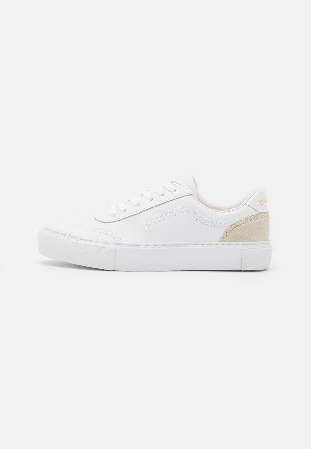 VENUSE - Sneakersy niskie - white/offwhite
