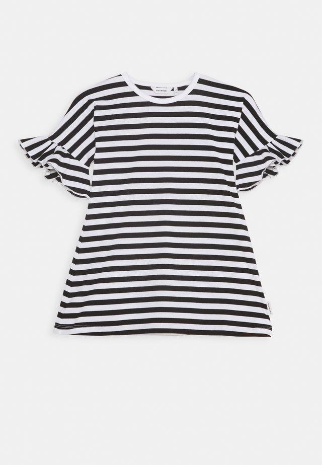 LAAJA TASARAITA - Jersey dress - black/white