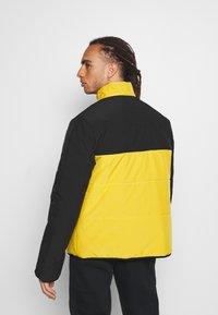 Hi-Tec - BRENDON PADDED COAT - Winter jacket - golden glow - 2