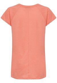 Hummel - Print T-shirt - peach - 1