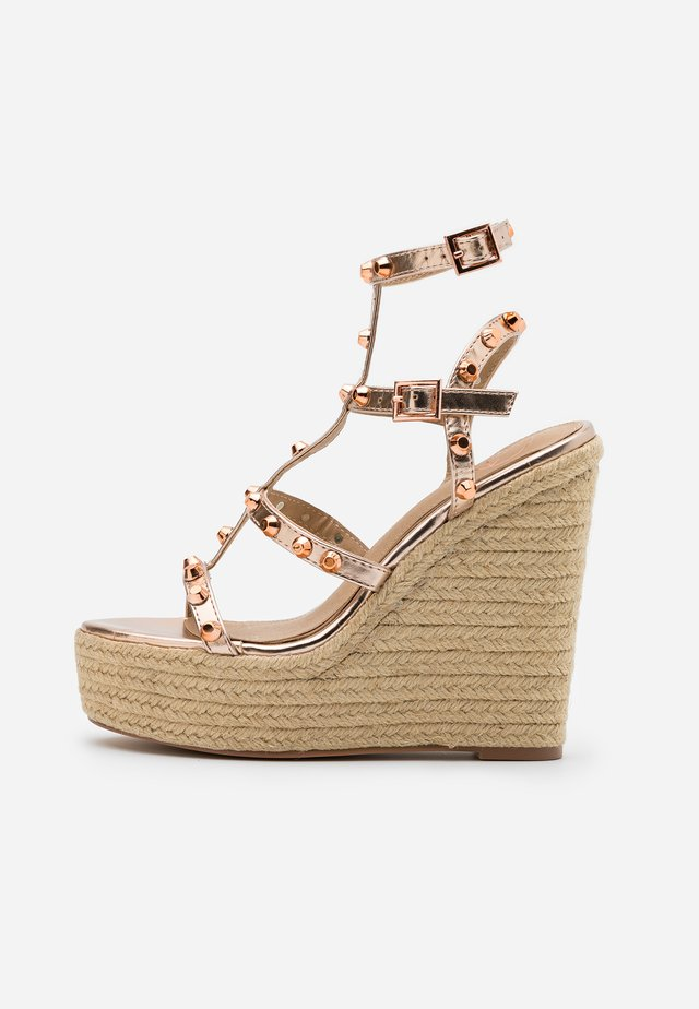 DOME STUD WEDGE - Sandali con tacco - rose gold