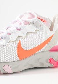 Nike Sportswear - Sneakers - white/hyper crimson/digital pink/pink foam/light bone - 2