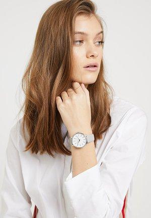 PYPER - Horloge - grau