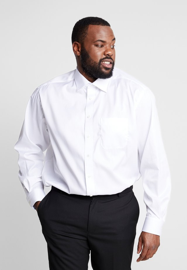 BIG & TALL - Camisa elegante - white