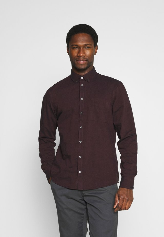 ANTON TWO TONE SHIRT - Košile - vineyard wine