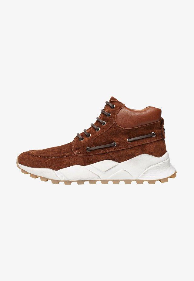 Sneakers alte - braun