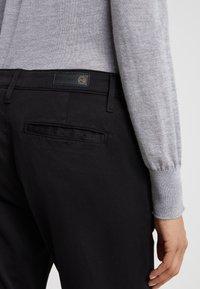 AG Jeans - CADEN - Trousers - super black - 5