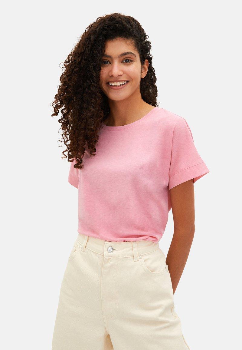 LC Waikiki - Basic T-shirt - pink