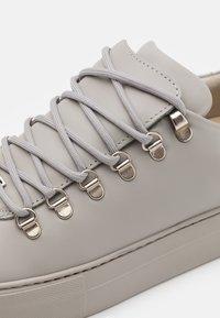 Nubikk - JAGGER CLASSIC - Sneakers basse - stone - 5