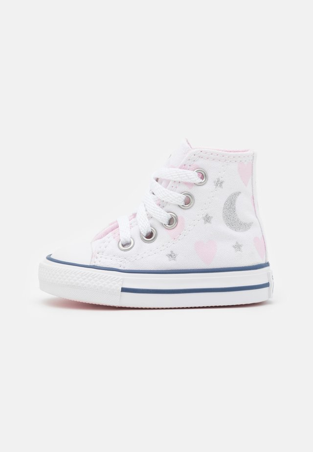 CHUCK TAYLOR ALL STAR - Höga sneakers - white/pink/silver