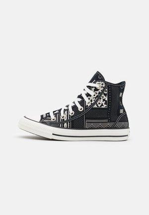 CHUCK TAYLOR ALL STAR UNISEX - Zapatillas altas - black/vintage white