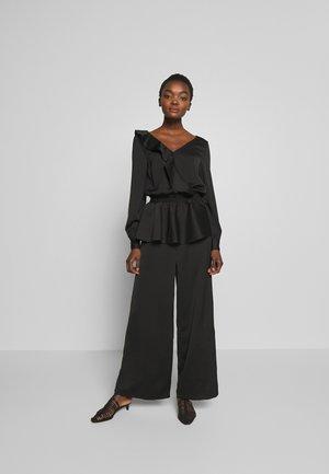 LENIENT - Jumpsuit - black
