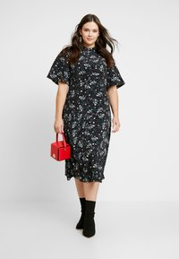Fashion Union Plus - SIENNA STAR FLORAL - Day dress - multi - 2