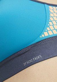 triaction by Triumph - EXTREME LITE - Sports bra - colibri - 5