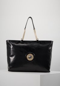 Versace Jeans Couture - ROUND BUTTON PATENT - Shopping bag - nero - 0