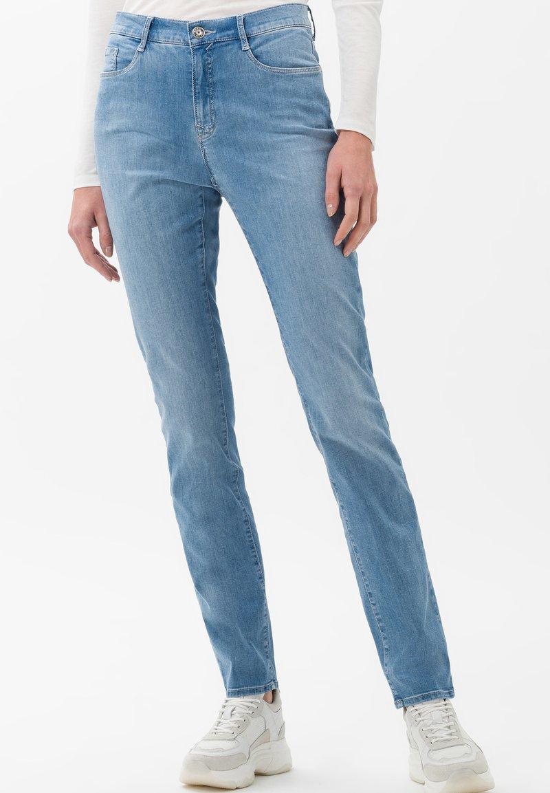 BRAX - STYLE CAROLA - Slim fit jeans - light blue
