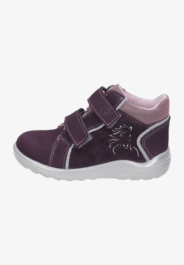 High-top trainers - plum