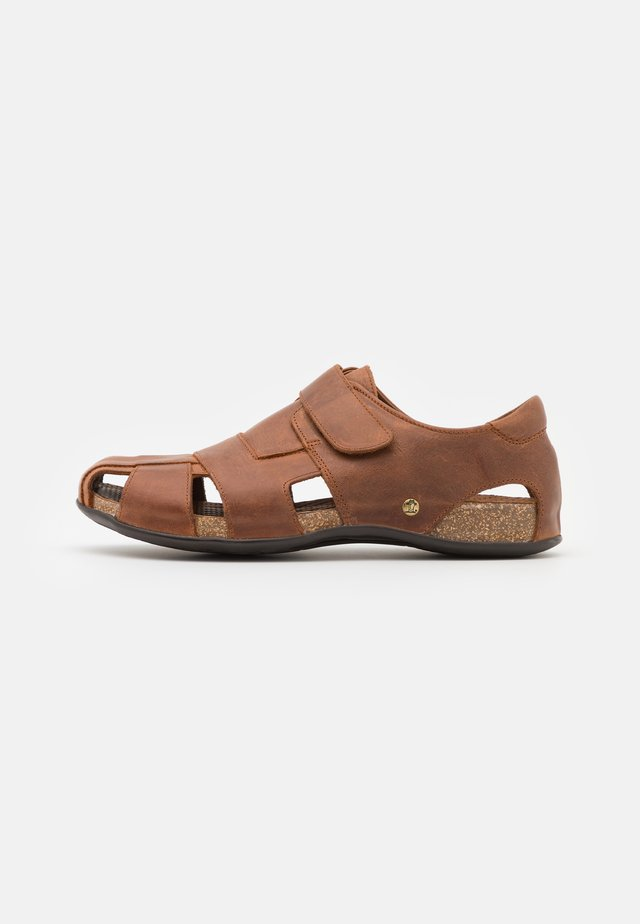 FLETCHER BASICS - Sandaalit nilkkaremmillä - bark