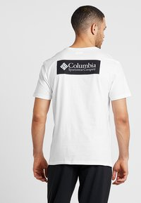 Columbia - NORTH CASCADES™ SHORT SLEEVE TEE - Printtipaita - white/black - 2