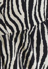 YAS - YASZEBRILLA ANKLE DRESS - Maxi dress - black/white - 2