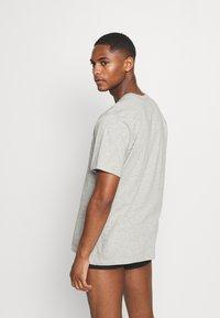 Calvin Klein Underwear - CLASSICS CREW NECK 3 PACK - Camiseta interior - grey - 2