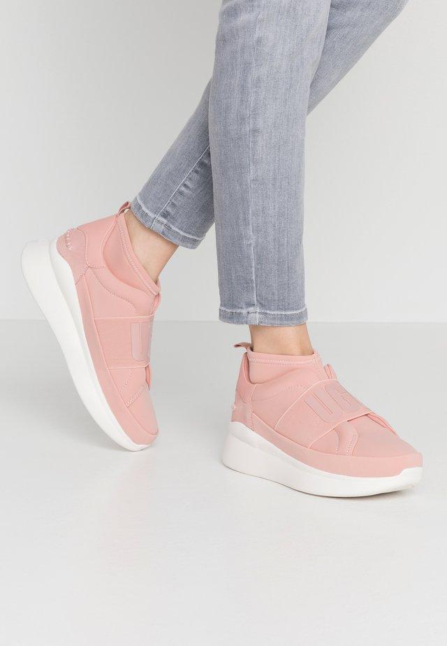 NEUTRA - Korkeavartiset tennarit - light pink