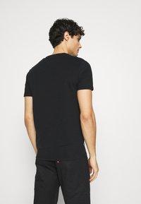 Superdry - CLASSIC TEE - Basic T-shirt - black - 2