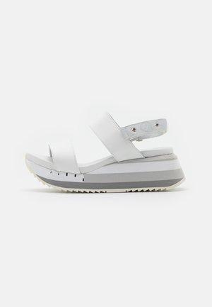 CHARLOTTE - Platform sandals - white