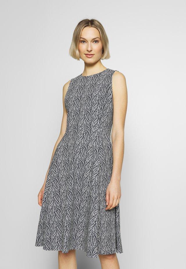 TECH CREPE DRESS - Vapaa-ajan mekko - black