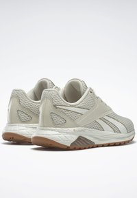 Reebok - LIQUIFECT 90 SHOES - Sneakers - white - 3